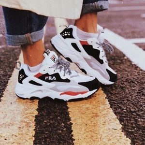 Fila Woman Ray Tracer size 9